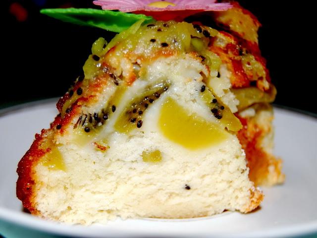 Пирог с киви рецепт с фото пошагово